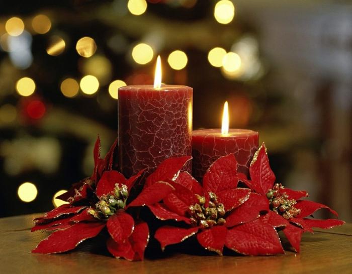 1-bougie-de-noël-couronne-de-noel-inspiration-plante-noel-rouge-fleur