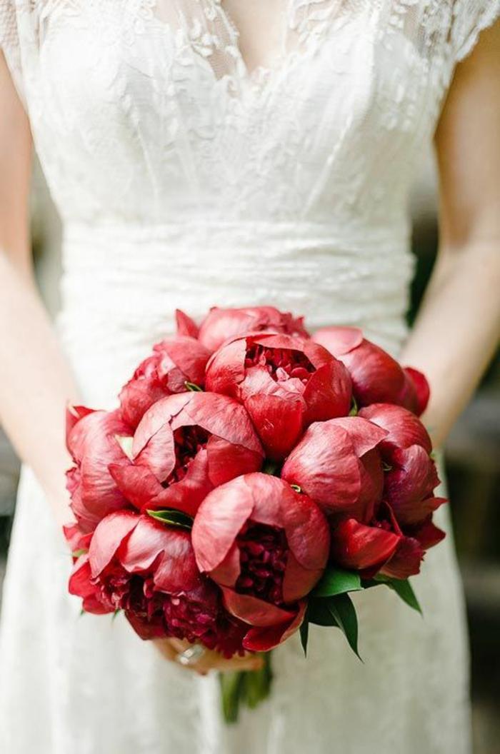 1-bouquet-mariée-pivoine-rouge-bouquet-de-mariée-pivoine-rouge