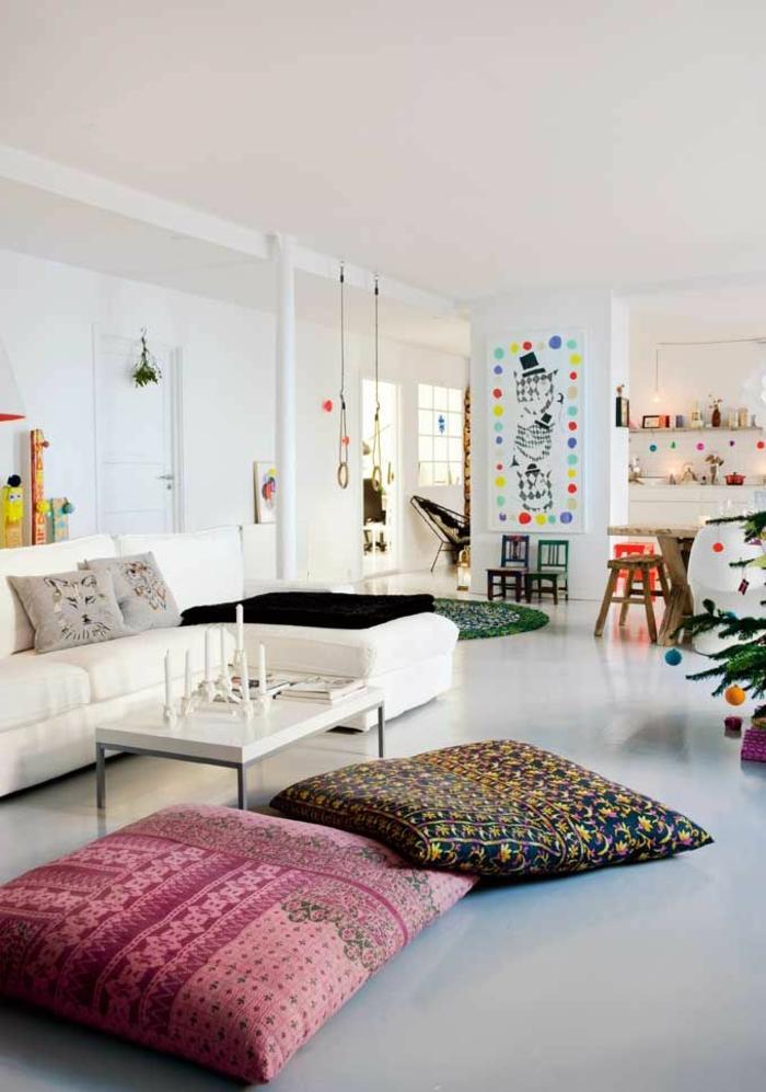 1-gros-coussin-pour-canapé-et-pour-sol-dans-le-salon-d-esprit-loft-vaste-espace-sol-en-lino-gris