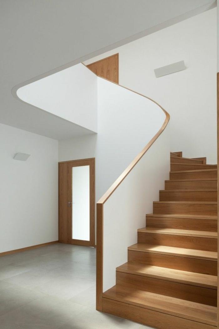 1-joli-design-moderne-pour-escalier-tournant-en-bois-calcul-d-escalier-en-bois-clair