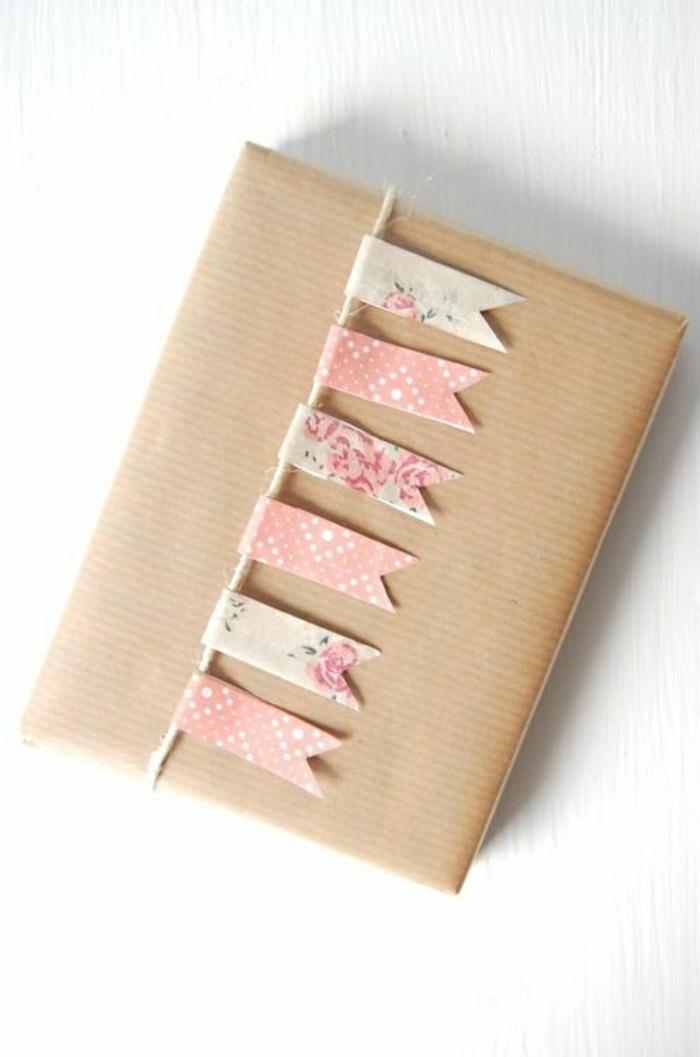 1-joli-idee-pour-bien-choisir-un-emballage-cadeau-original-en-carton-pliage-papier-cadeau