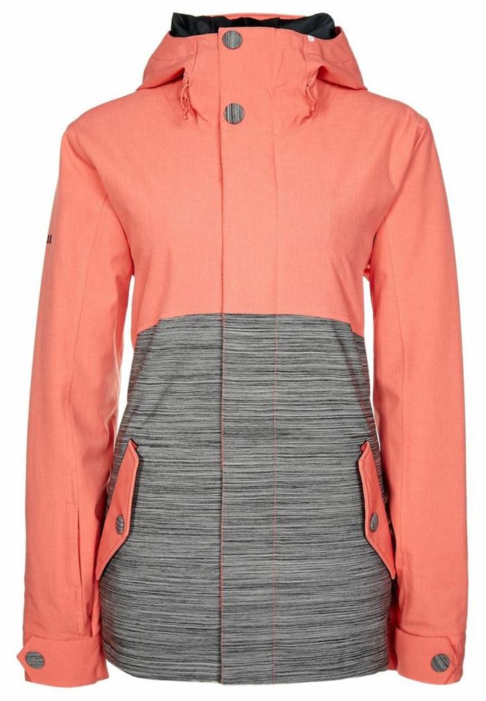 1-joli-manteau-de-ski-femme-manteau-ski-roxy-rose-pale-pour-etre-a-la-mode