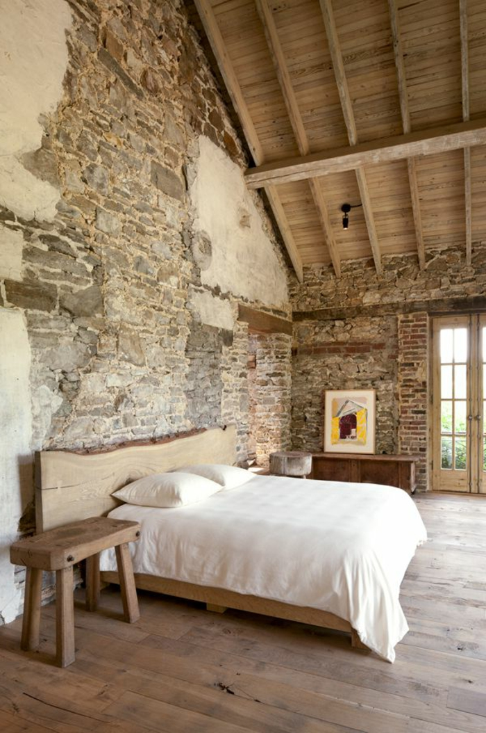 Le mur en pierre apparente en 57 photos for Chambre a coucher style provencal