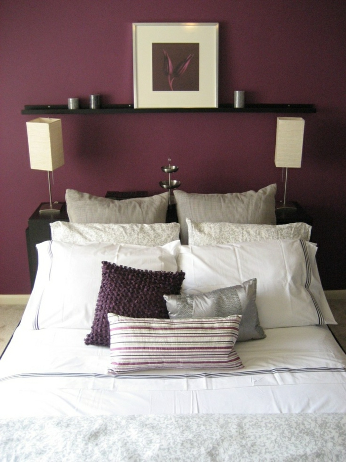 La couleur bordeaux un accent dans l int rieur contemporain for Decoration de mur de chambre a coucher