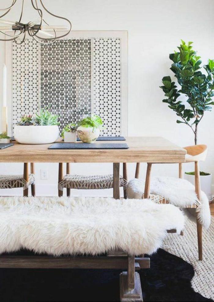 1-jolie-table-carrée-salle-à-manger-contemporaine-en-bois-clair-plante-verte-d-intérieur