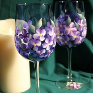 Les verres à vin, comment les décorer vous-mêmes? 50 super idées!
