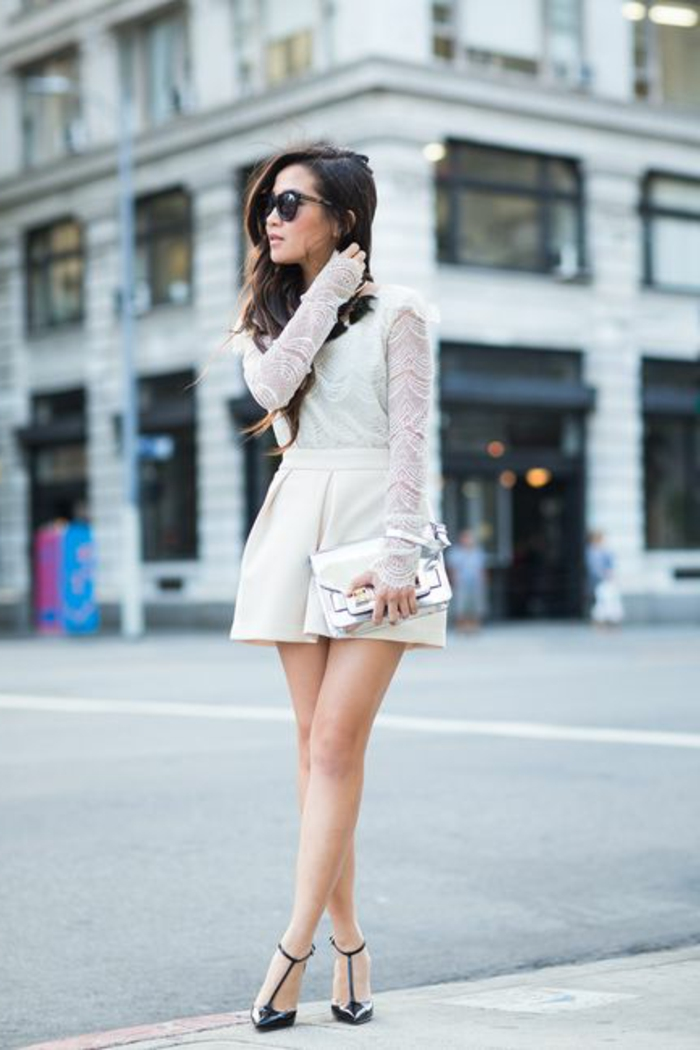 1-jupe-sequin-beige-pour-les-jupes-courtes-lunettes-de-soleil-noirs-modernes=talons-hauts