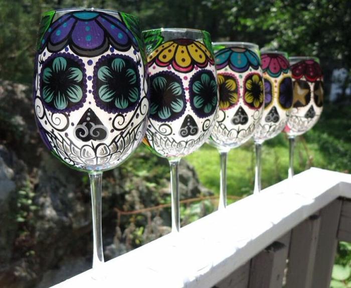 1-la-decoration-pour-vos-verres-à-vin-originaux-comment-on-peut-les-decorer-d-un-manier-original