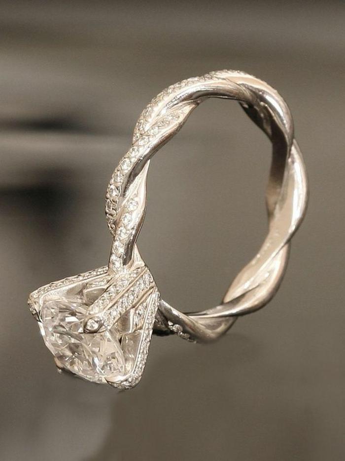mignonne grande remise pour rechercher l'original Trouvez la meilleure bague de fiançailles dans notre galerie!