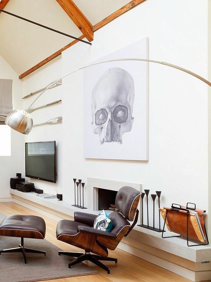1-lampadaire-alinea-lampe-arc-meubles-de-salon-en-cuir-marron-foncé-sol-en-parquet-clair