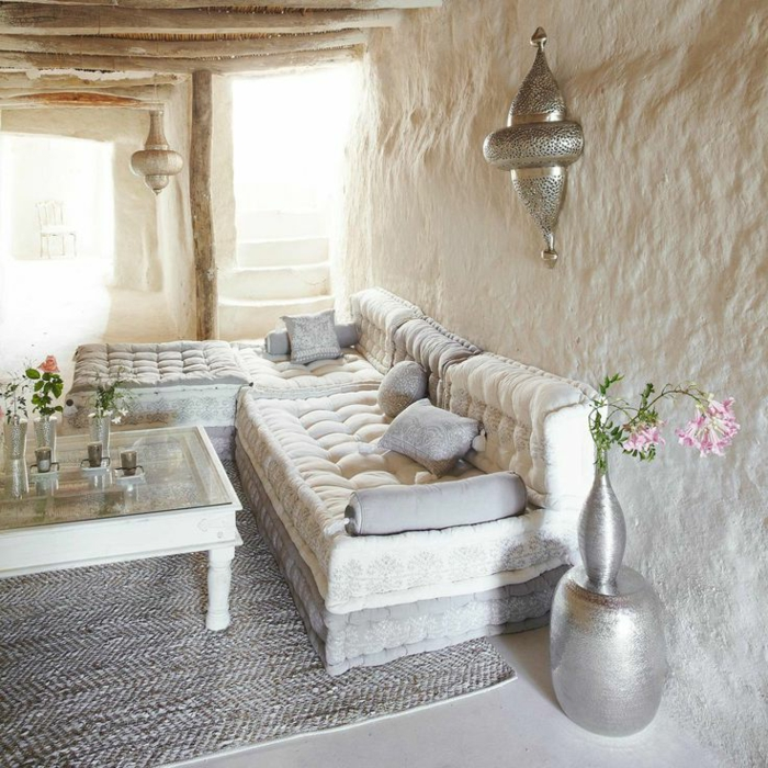 Les salons marocains on pinterest for Tapis de salon gris et beige
