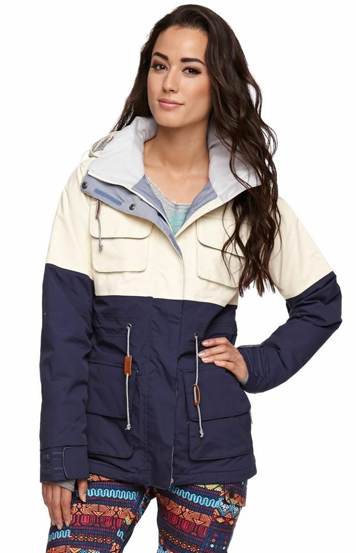 1-manteau-de-ski-femme-manteau-ski-roxy-pour-etre-a-la-mode-meme-sur-les-pistes