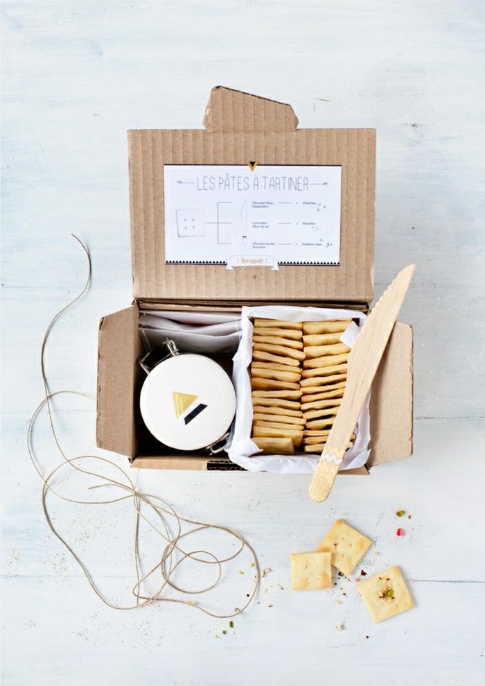 1-papier-cadeau-original-en-carton-pour-un-joli-cadeau-quelle-emballage-cadeau-original