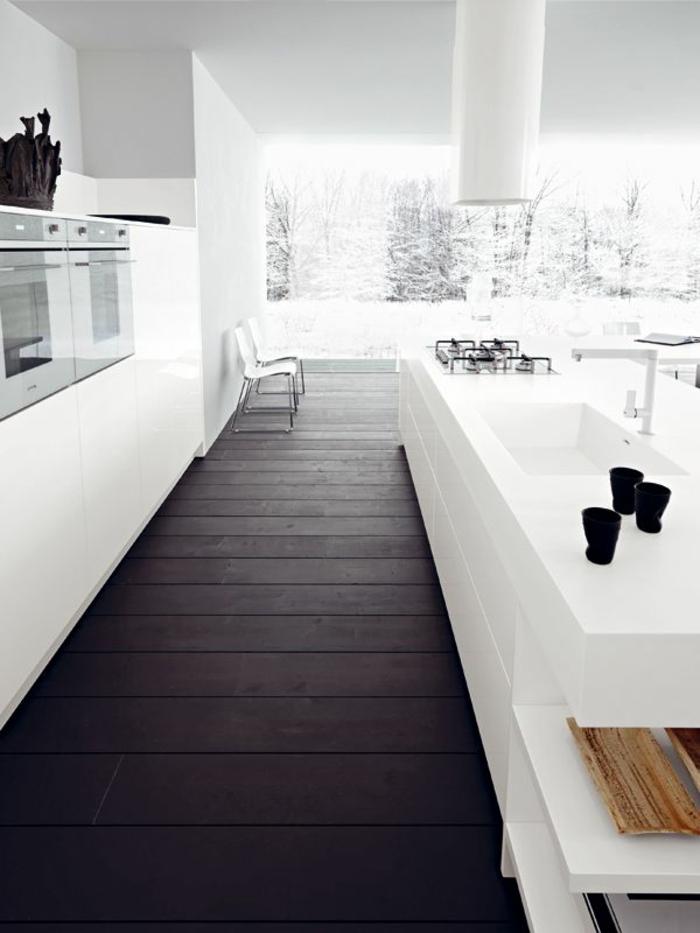 1-relooker-sa-cuisine-avec-meubles-blancs-sol-en-planchers-et-meubles-blancs