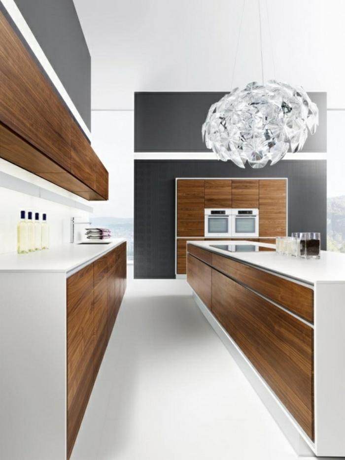 1-relooker-sa-cuisine-sol-en-lino-blanc-meubles-elegants-en-bois-et-murs-gris-plafond-blanc