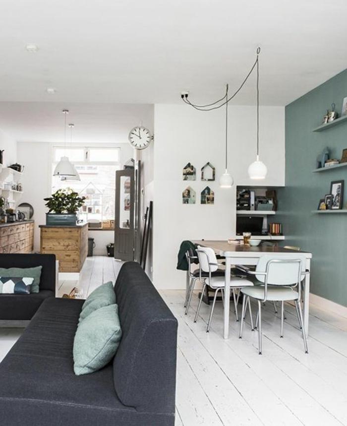 1-salle-à-manger-complète-conforama-mur-bleu-foncé-et-sol-en-planchers-blancs