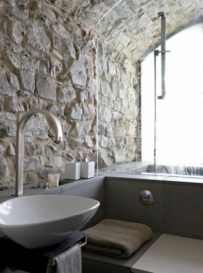 Le mur en pierre apparente en 57 photos - Peinture baignoire castorama ...