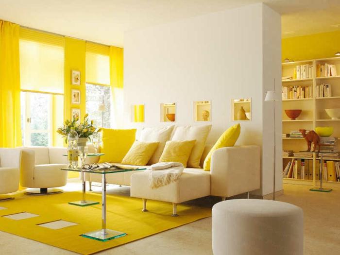 1-significations-des-couleurs-une-jolie-chambre-jaune-avec-tapis-jaune-et-moquette-beige