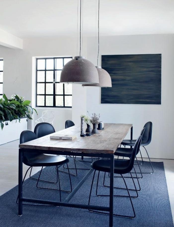 1-table-carrée-salle-à-manger-contemporaine-avec-tapis-gris-et-murs-blancs-lustres-modernes