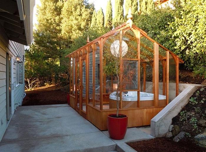 1-une-jolie-véranda-en-kit-pour-votre-jardin-moderne-une-jolie-construction-en-bois
