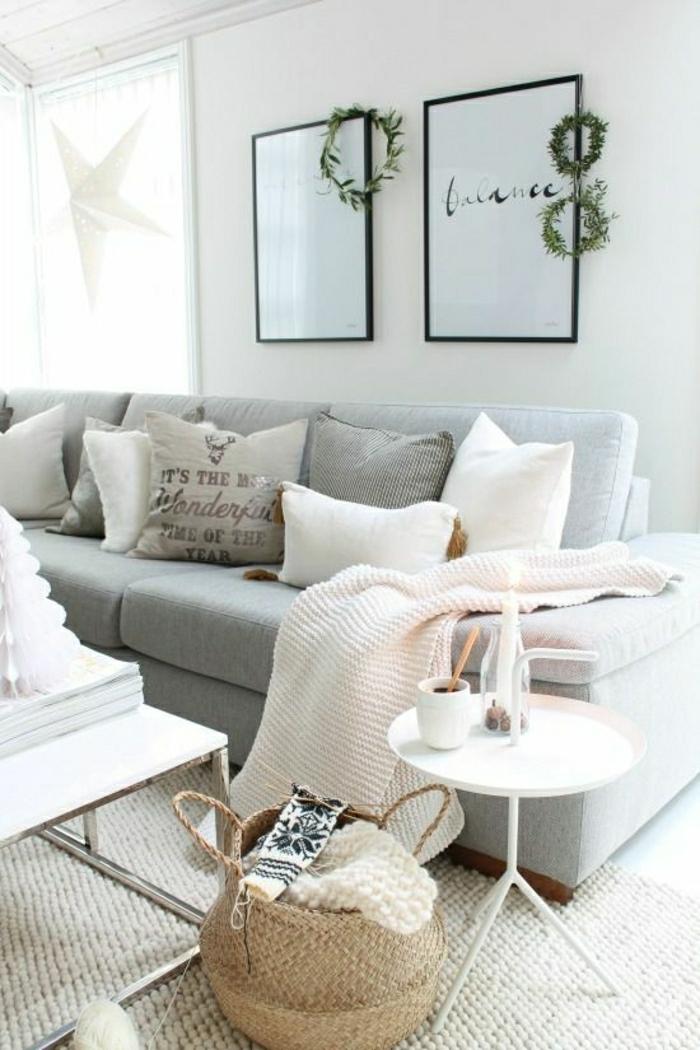 2-jeté-de-canapé-pas-cher-blanc-pour-le-canape-gris-peinture-murale-original-avec-citation