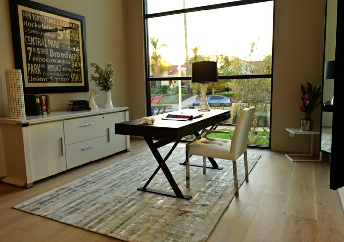 2-joli-couleur-feng-shui-bureau-avec-tapis-beige-bureau-de-couleur-taupe-et-meubles-beiges