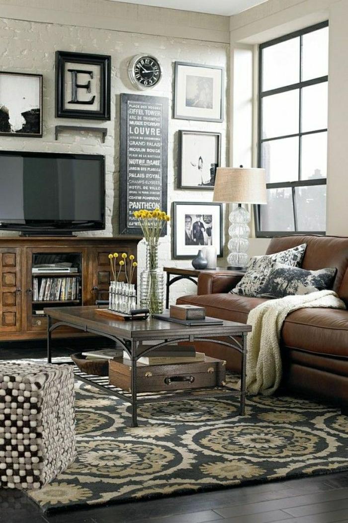 2-lampe-de-salon-en-cuir-foncé-marron-tapis-coloré-dans-le-salon-moderne-fleurs-sur-la-table
