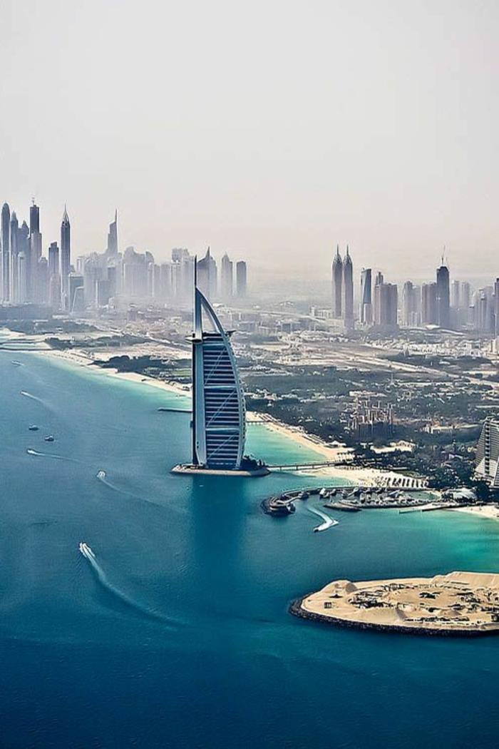 2-les-plus-hauts-grattes-ciel-du-monde-burj-al-arab-dubai-batiment-residentiel-avec-hotel