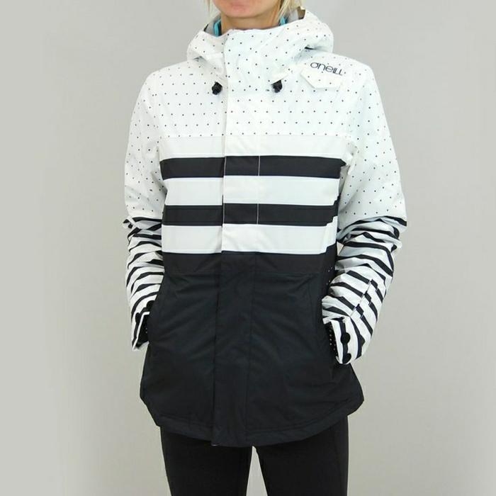2-manteau-de-ski-femme-manteau-ski-roxy-design-blanc-pour-les-filles-modernes-quel-manteau-de-ski