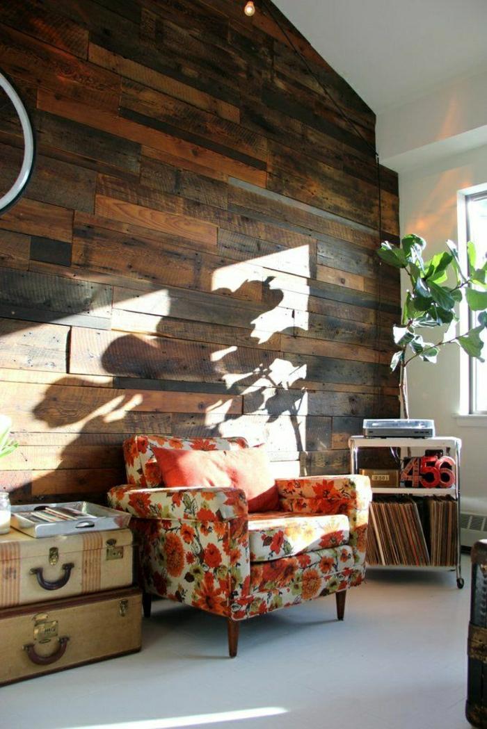 2-plante-exotique-intérieur-plante-d-intérieur-avec-mur-en-bois-et-fenetre-grande
