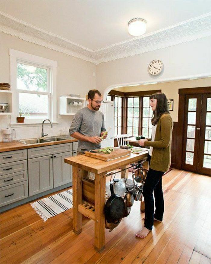 21-une-jolie-idee-pour-rénover-sa-cuisine-meubles-repeindre-en-gris-sol-en-parquet