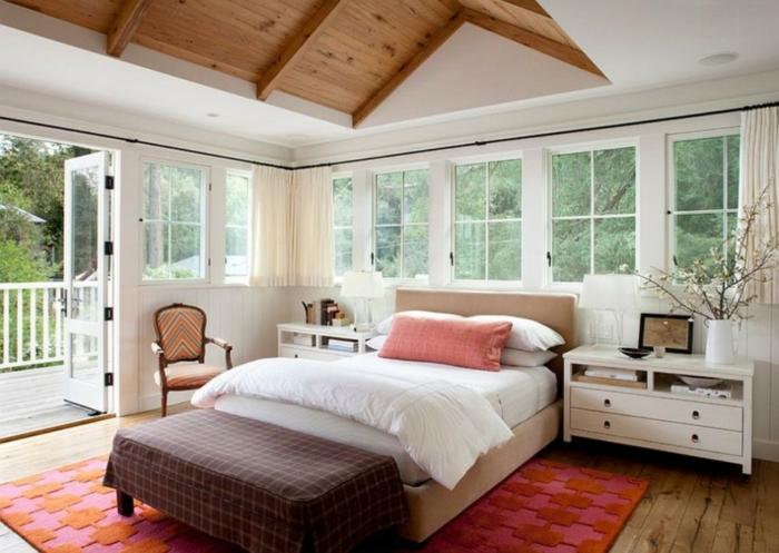 Baie-à-galandage-en-aluminium-idée-design-d-intérieur-beau-aménagement-chambre-à-coucher-rustique-lit