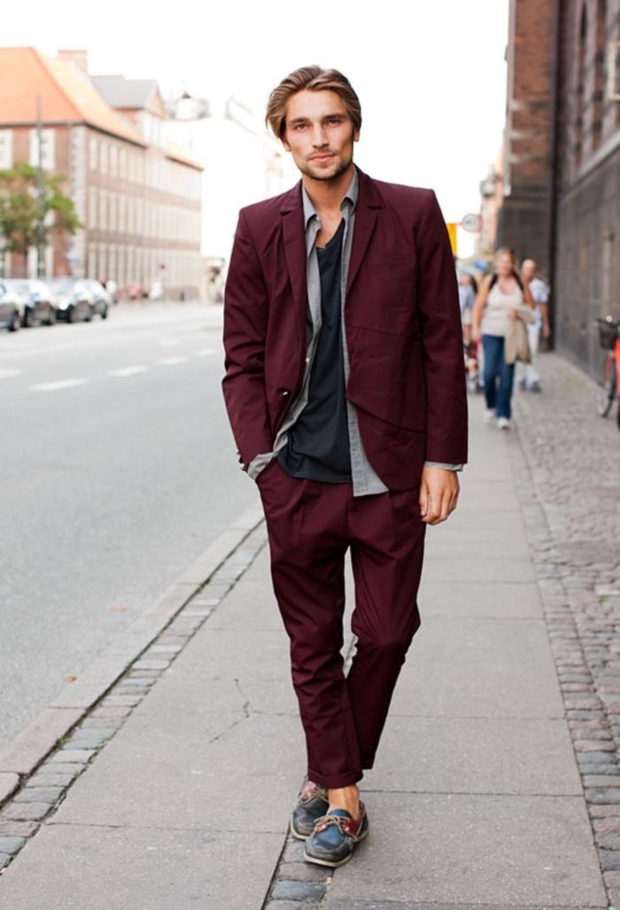Chic-casuel-bohème-chic-tenue-homme-casual-chic-homme-rouge-velour