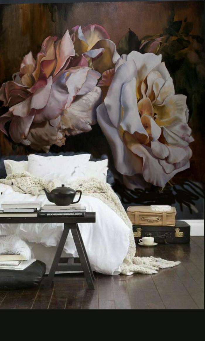 Idée-déco-mural-papiers-peints-design-belle-mur-vintage-fleurie