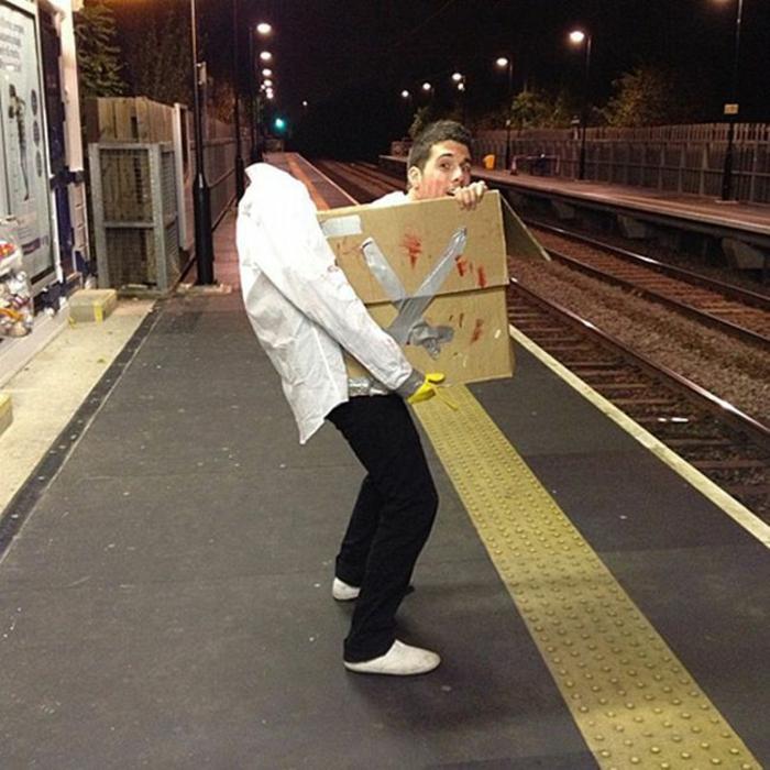 Idée-originale-déguisement-Halloween-meilleur-coutume-box-coutume