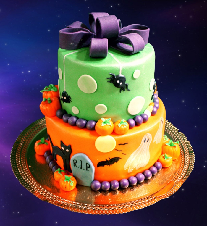Idées-déco-citrouille-Halloween-décoration-gâteau-cool-coloré