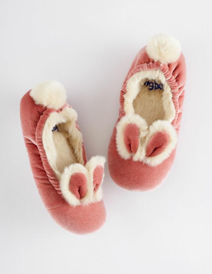 Jolies-pantoufles-enfant-chaussures-maison-pantoufle-enfant-beau-bunny-lapin