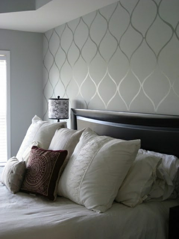 Salle-de-séjour-papier-peint-design-contemporain-votr-maison-en-gris