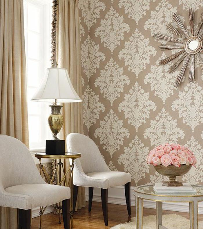 Salon-bien-aménagé-papier-peint-design-idées-déco-aménagement-beige