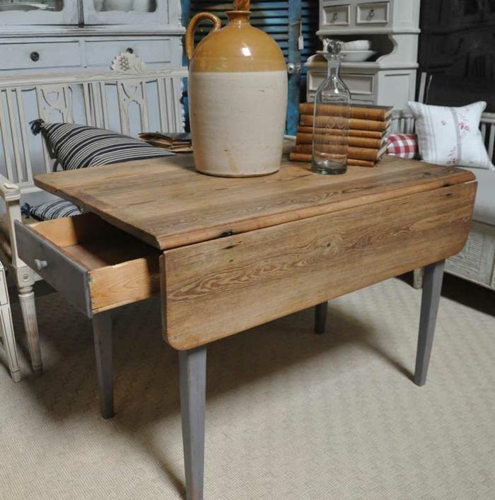 la table de cuisine pliante 50 id es pour sauver d 39 espace. Black Bedroom Furniture Sets. Home Design Ideas