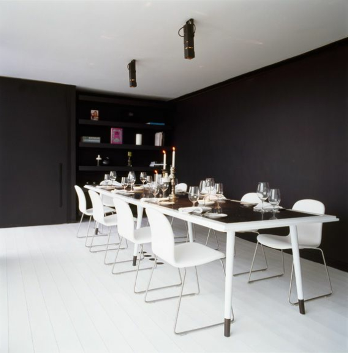 accorder-les-couleurs-dans-la-salle-à-manger-complete-pas-cher-couleur-blanc-et-noir