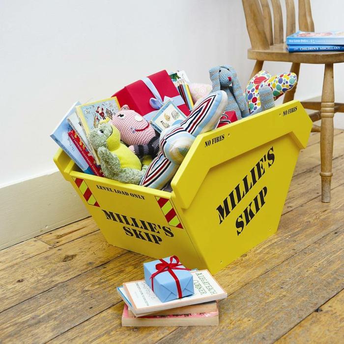 aménagement-chambre-enfant-rangement-jouet-baguer-idée-originale