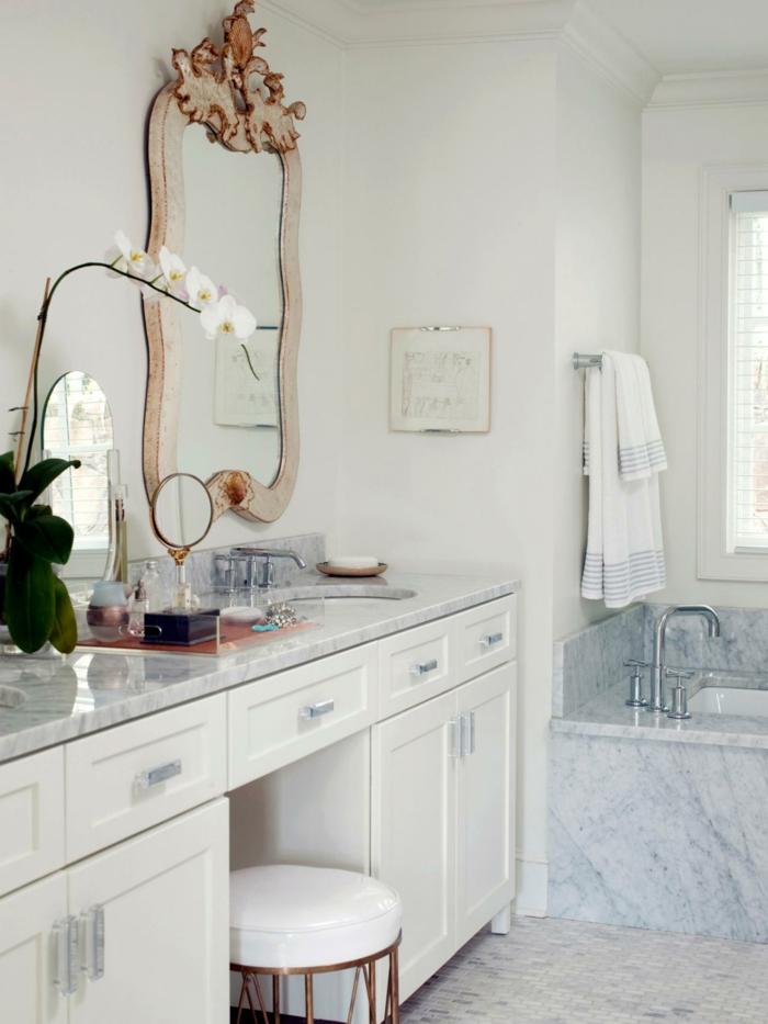 aménagement-salle-de-bain-idée-originale-lavabo-double-miroire-granith-marbre