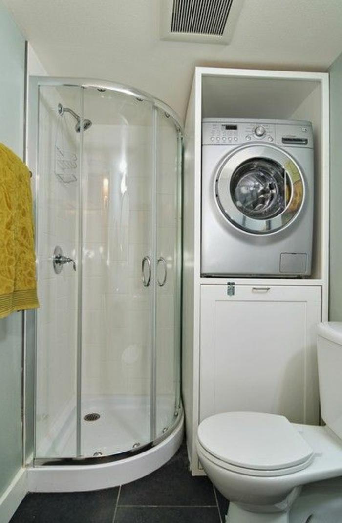 Comment am nager une petite salle de bain for Amenager une petite salle de bain avec douche italienne