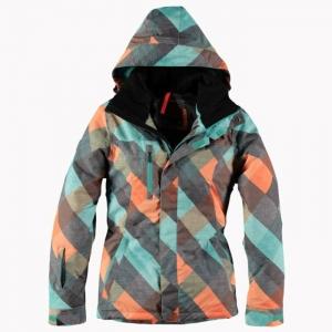 Le meilleur manteau de ski femme en 46 photos!