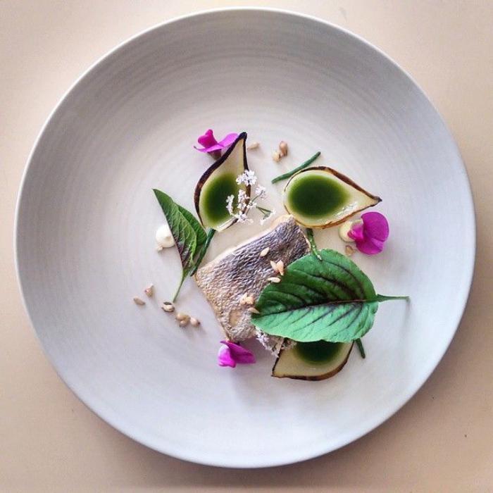 assiette-gastronomique-composition-originale-dans-l'assiette