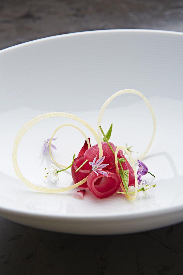 assiette-gastronomique-gourmandises-délicieuses