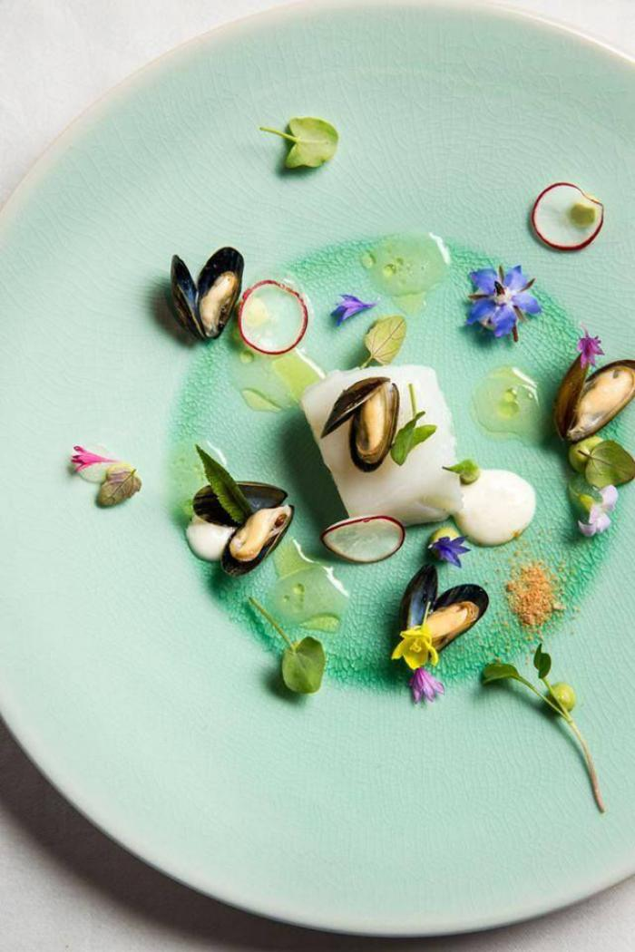 L 39 assiette gastronomique en photos for Cuillere pour decorer les assiettes