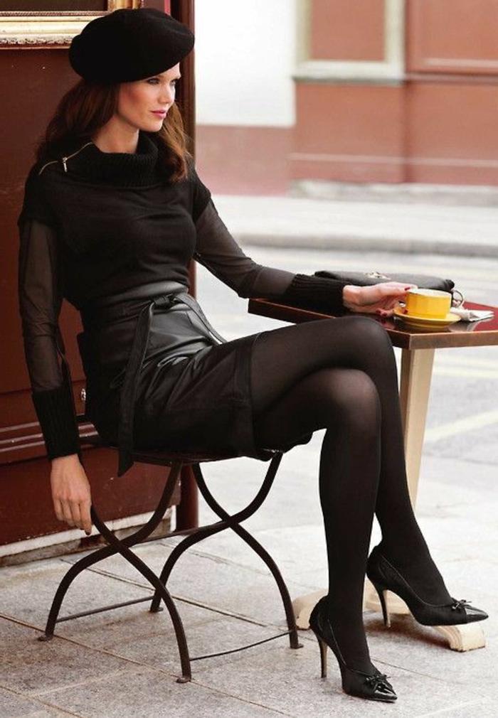 béret-femme-noir-béret-casquette-pour-les-femmes-jupe-en-cuir-noir-cheveux-marrons
