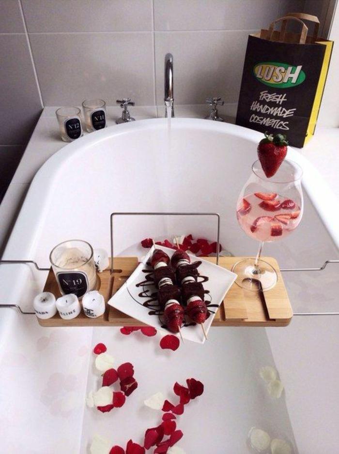 bain-moussant-produit-lush-cosmétique-baignoire